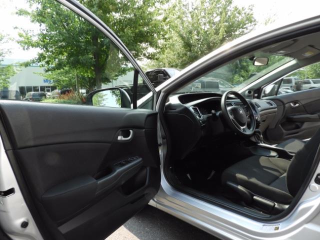 2015 Honda Civic SE / Sedan / Backup camera / Spoiler / 1-OWNER - Photo 54 - Portland, OR 97217
