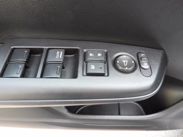 2015 Honda Civic SE / Sedan / Backup camera / Spoiler / 1-OWNER - Photo 34 - Portland, OR 97217