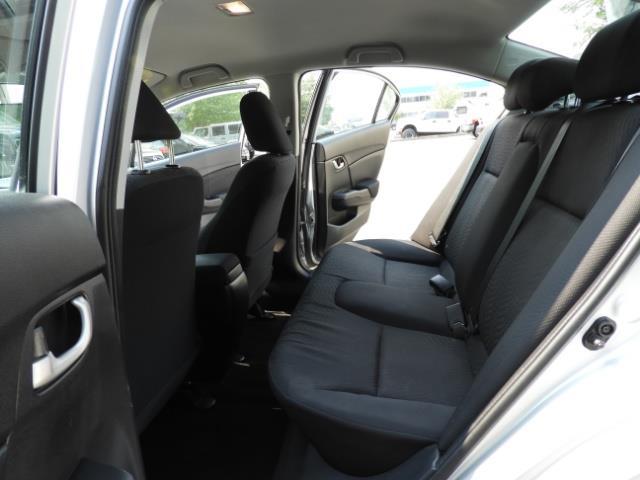 2015 Honda Civic SE / Sedan / Backup camera / Spoiler / 1-OWNER - Photo 15 - Portland, OR 97217