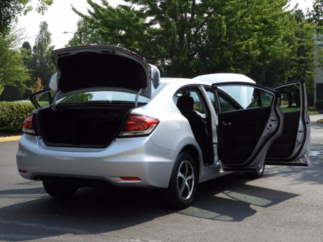 2015 Honda Civic SE / Sedan / Backup camera / Spoiler / 1-OWNER - Photo 29 - Portland, OR 97217