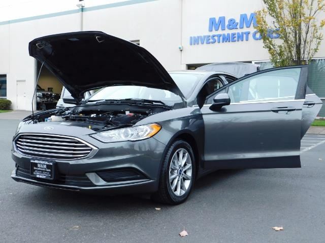 2017 Ford Fusion SE / Backup Camera / 1-OWNER / LOW MILES - Photo 25 - Portland, OR 97217