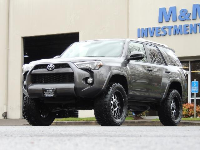 2016 Toyota 4Runner 4WD / V6 / 3RD SEAT / FACTORY WARRANTY / LIFTED !! - Photo 1 - Portland, OR 97217