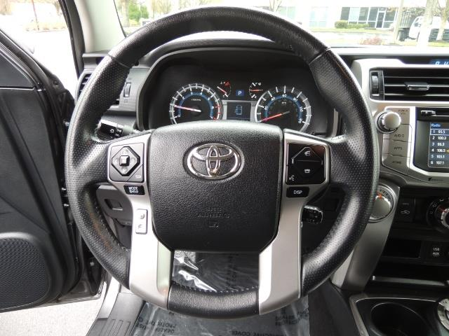 2016 Toyota 4Runner 4WD / V6 / 3RD SEAT / FACTORY WARRANTY / LIFTED !! - Photo 38 - Portland, OR 97217
