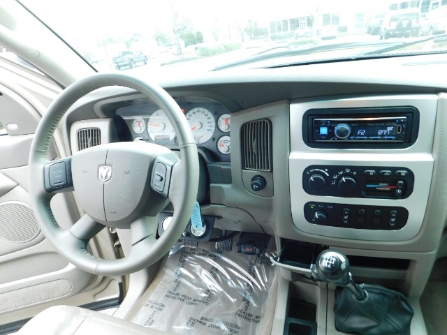 2005 Dodge Ram 2500 Laramie /4X4/ 5.9L Cummins DIESEL/ 6 SPEED MANUAL - Photo 14 - Portland, OR 97217