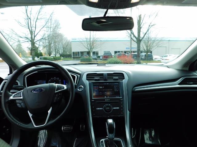 2016 Ford Fusion Titanium / Leather / Heated seats / SUNROOF - Photo 36 - Portland, OR 97217