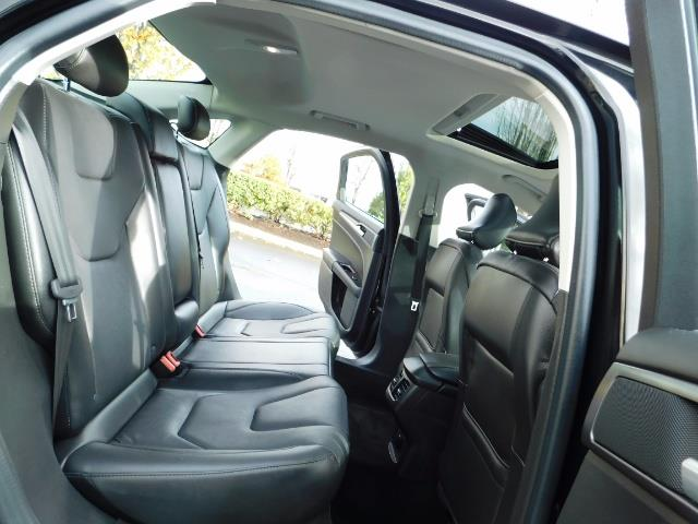 2016 Ford Fusion Titanium / Leather / Heated seats / SUNROOF - Photo 16 - Portland, OR 97217