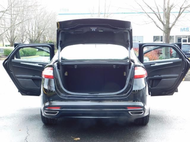 2016 Ford Fusion Titanium / Leather / Heated seats / SUNROOF - Photo 28 - Portland, OR 97217