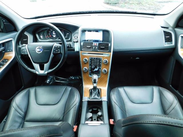 2017 Volvo XC60 T5 Inscription / AWD / BLIS / NAVi / PANORAMA ROOF - Photo 18 - Portland, OR 97217