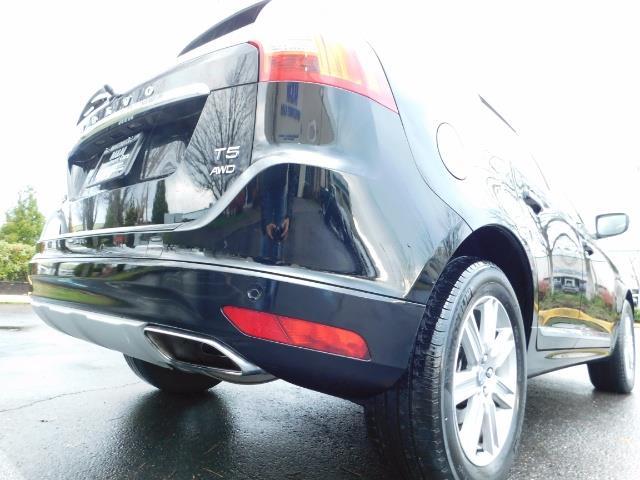 2017 Volvo XC60 T5 Inscription / AWD / BLIS / NAVi / PANORAMA ROOF - Photo 12 - Portland, OR 97217