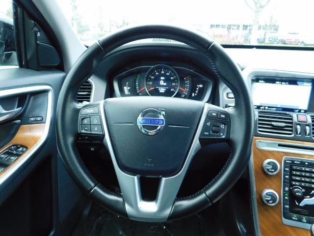 2017 Volvo XC60 T5 Inscription / AWD / BLIS / NAVi / PANORAMA ROOF - Photo 36 - Portland, OR 97217