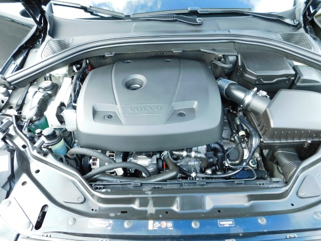 2017 Volvo XC60 T5 Inscription / AWD / BLIS / NAVi / PANORAMA ROOF - Photo 33 - Portland, OR 97217