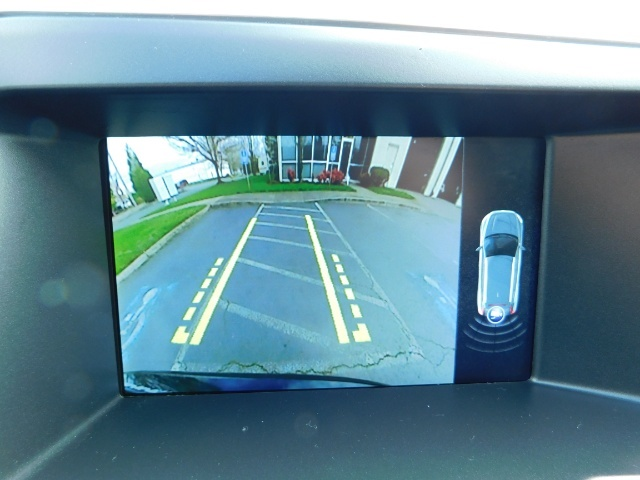 2017 Volvo XC60 T5 Inscription / AWD / BLIS / NAVi / PANORAMA ROOF - Photo 21 - Portland, OR 97217