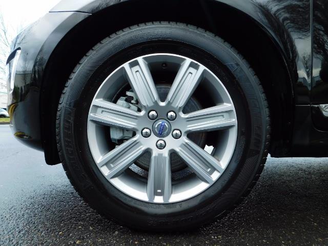 2017 Volvo XC60 T5 Inscription / AWD / BLIS / NAVi / PANORAMA ROOF - Photo 40 - Portland, OR 97217