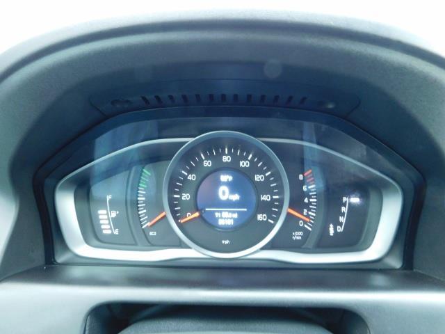 2017 Volvo XC60 T5 Inscription / AWD / BLIS / NAVi / PANORAMA ROOF - Photo 37 - Portland, OR 97217