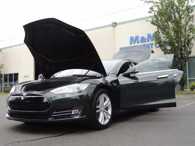 2013 Tesla Model S Tech Package / 5YR TESLA EXTENDED WARRANTY INCLUDE - Photo 25 - Portland, OR 97217