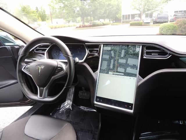 2013 Tesla Model S Tech Package / 5YR TESLA EXTENDED WARRANTY INCLUDE - Photo 18 - Portland, OR 97217