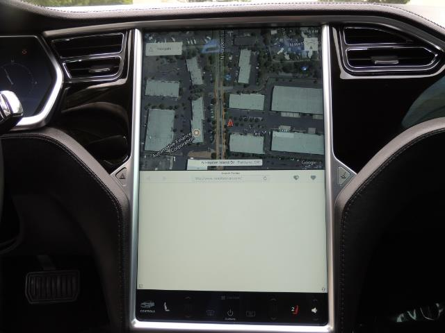 2013 Tesla Model S Tech Package / 5YR TESLA EXTENDED WARRANTY INCLUDE - Photo 19 - Portland, OR 97217