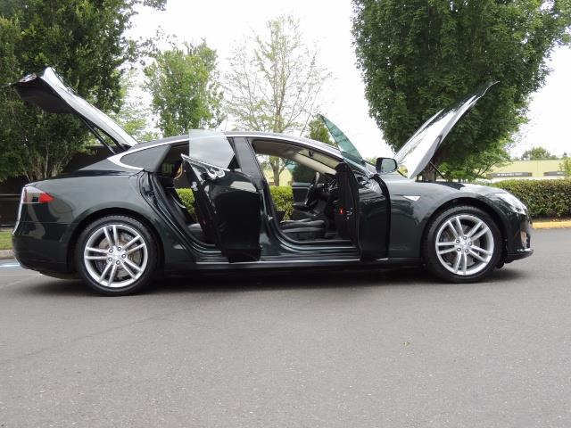 2013 Tesla Model S Tech Package / 5YR TESLA EXTENDED WARRANTY INCLUDE - Photo 30 - Portland, OR 97217