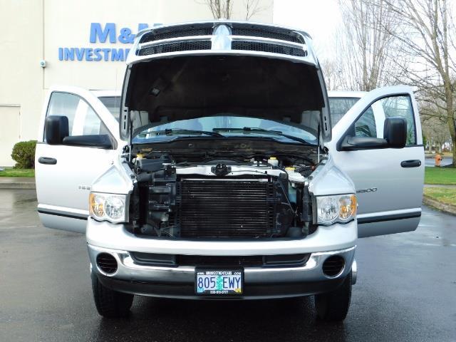 2004 Dodge Ram 3500 SLT  / 4x4 / Cummins 5.9L / ONLY 94K  / Excl Cond. - Photo 31 - Portland, OR 97217