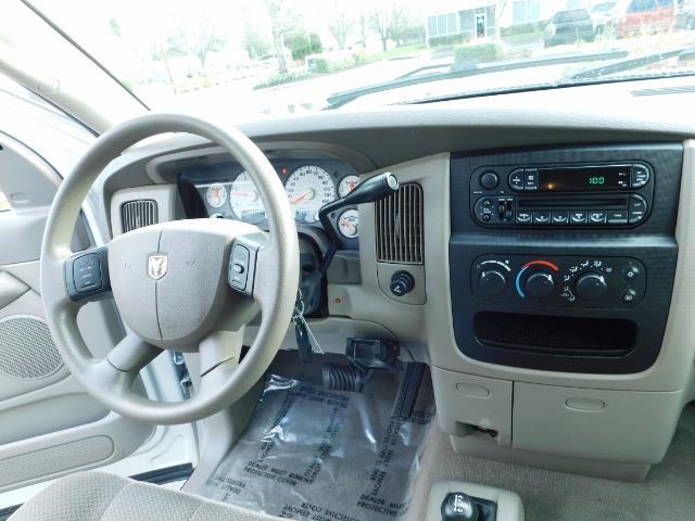 2004 Dodge Ram 3500 SLT  / 4x4 / Cummins 5.9L / ONLY 94K  / Excl Cond. - Photo 19 - Portland, OR 97217