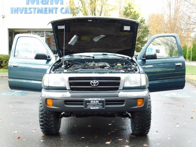 1998 Toyota Tacoma 4X4 V6 3.4L / 5 SPEED / TIMING BELT DONE /  LIFTED - Photo 29 - Portland, OR 97217
