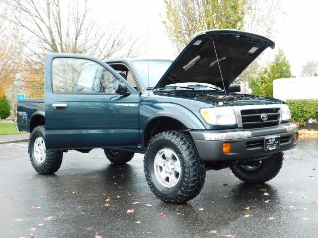 1998 Toyota Tacoma 4X4 V6 3.4L / 5 SPEED / TIMING BELT DONE /  LIFTED - Photo 27 - Portland, OR 97217