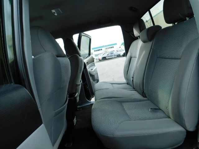 2013 Toyota Tacoma DOUBLE CAB 4X4 / V6 4.0 / TRD SPORT / CAM / LIFTED - Photo 15 - Portland, OR 97217