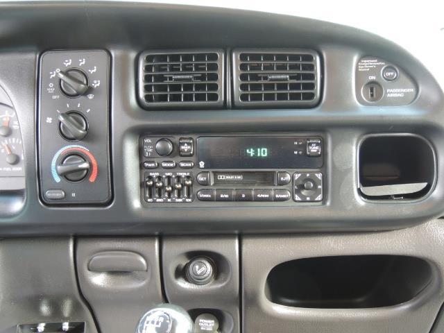 2002 Dodge Ram 2500 SLT Plus 4dr / 4X4 / 5.9L DIESEL HIGHOUTPUT/ 6-SPD - Photo 20 - Portland, OR 97217
