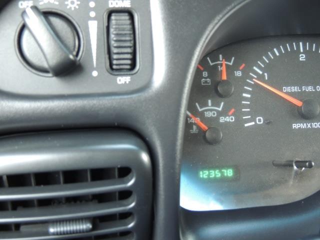 2002 Dodge Ram 2500 SLT Plus 4dr / 4X4 / 5.9L DIESEL HIGHOUTPUT/ 6-SPD - Photo 41 - Portland, OR 97217