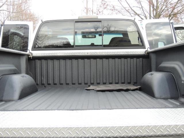 2002 Dodge Ram 2500 SLT Plus 4dr / 4X4 / 5.9L DIESEL HIGHOUTPUT/ 6-SPD - Photo 27 - Portland, OR 97217