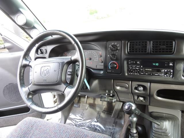 2002 Dodge Ram 2500 SLT Plus 4dr / 4X4 / 5.9L DIESEL HIGHOUTPUT/ 6-SPD - Photo 17 - Portland, OR 97217
