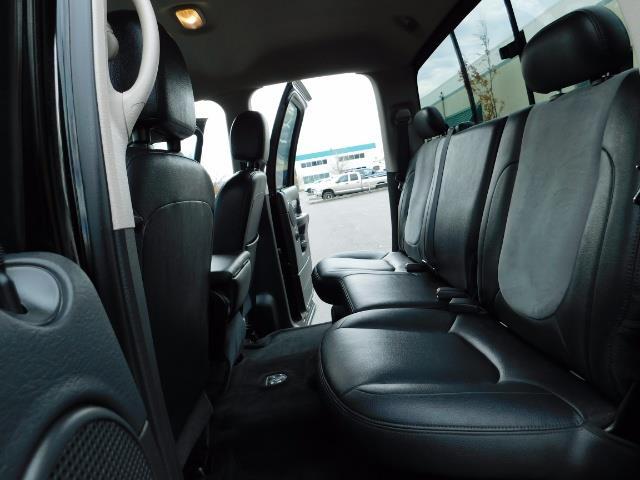 2005 Dodge Ram 2500 Laramie / 4X4 / 5.9L Cummins DIESEL / Leather - Photo 15 - Portland, OR 97217