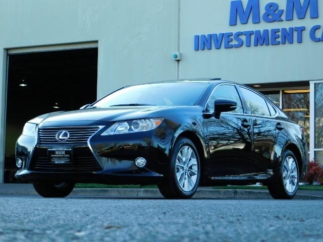 2013 Lexus ES300h Sedan Hybrid / LOADED / Blind Spot / 1-OWNER - Photo 1 - Portland, OR 97217