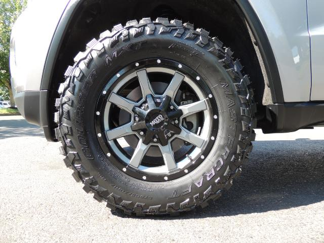2015 Jeep Grand Cherokee Laredo / 4WD / 18K miles / LIFTED LIFTED - Photo 23 - Portland, OR 97217