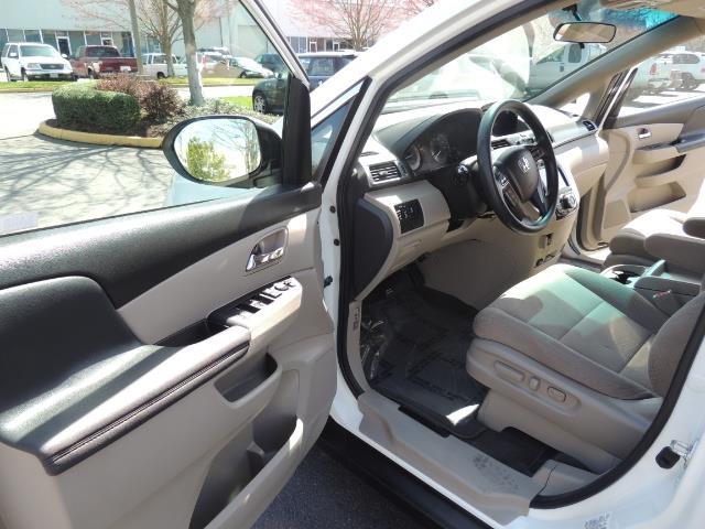 2014 Honda Odyssey EX / Back up camera / 1-OWNER / Excel Cond - Photo 13 - Portland, OR 97217