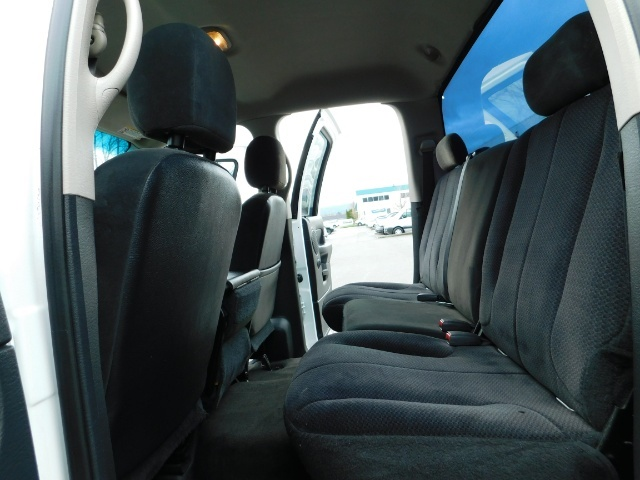 2004 Dodge Ram 2500 SLT Quad Cab 4X4 5.9L CUMMINS / 6 SPEED / LIFTED ! - Photo 14 - Portland, OR 97217