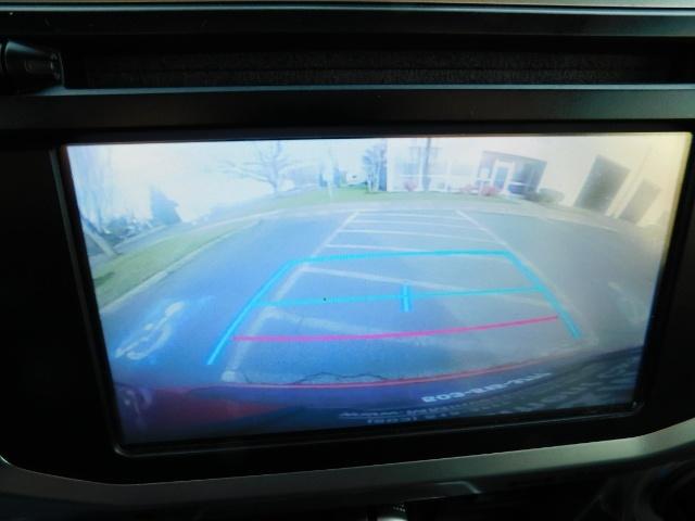 2016 Toyota 4Runner SR5 / 4X4 / Third Seat / Basket / NerfBar / LIFTED - Photo 22 - Portland, OR 97217