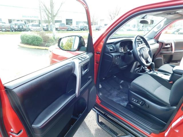 2016 Toyota 4Runner SR5 / 4X4 / Third Seat / Basket / NerfBar / LIFTED - Photo 13 - Portland, OR 97217