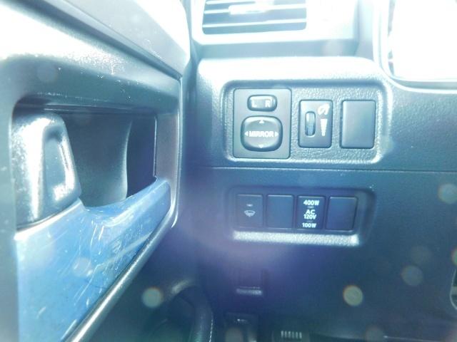 2016 Toyota 4Runner SR5 / 4X4 / Third Seat / Basket / NerfBar / LIFTED - Photo 44 - Portland, OR 97217