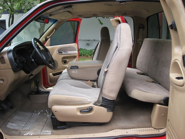 2001 Dodge Ram 3500 SLT Plus/5.9L Turbo Diesel/4X4/DUALLY - Photo 21 - Portland, OR 97217