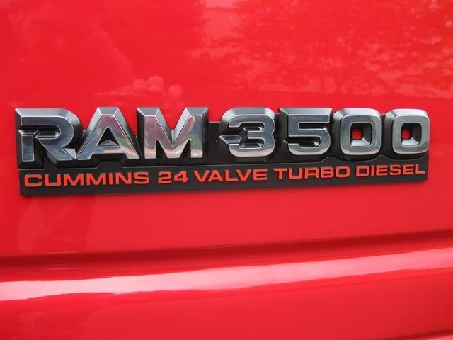 2001 Dodge Ram 3500 SLT Plus/5.9L Turbo Diesel/4X4/DUALLY - Photo 33 - Portland, OR 97217
