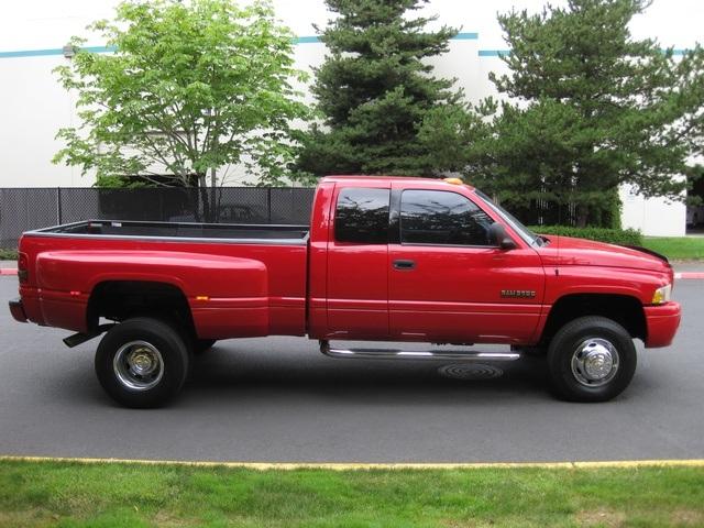 2001 Dodge Ram 3500 SLT Plus/5.9L Turbo Diesel/4X4/DUALLY - Photo 6 - Portland, OR 97217