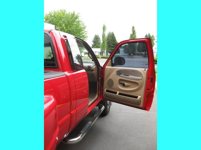 2001 Dodge Ram 3500 SLT Plus/5.9L Turbo Diesel/4X4/DUALLY - Photo 23 - Portland, OR 97217