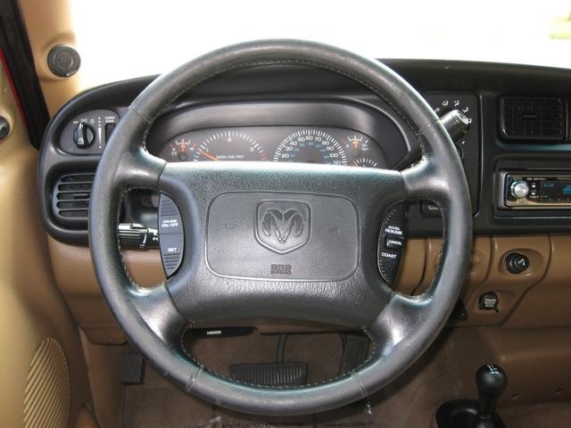 2001 Dodge Ram 3500 SLT Plus/5.9L Turbo Diesel/4X4/DUALLY - Photo 26 - Portland, OR 97217