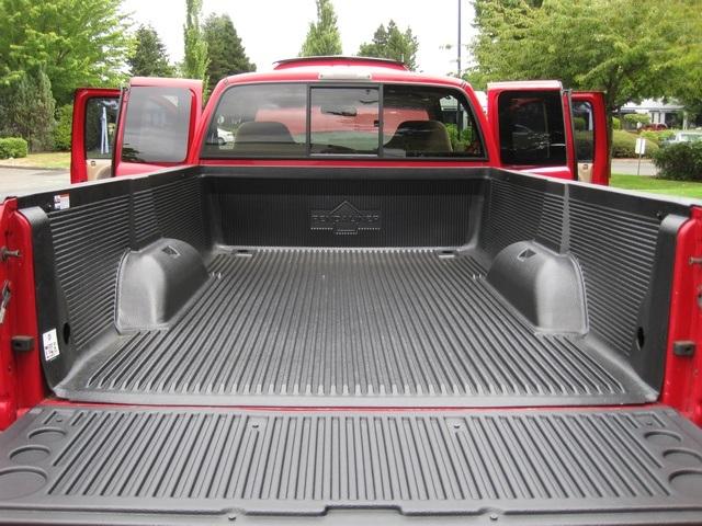 2001 Dodge Ram 3500 SLT Plus/5.9L Turbo Diesel/4X4/DUALLY - Photo 13 - Portland, OR 97217