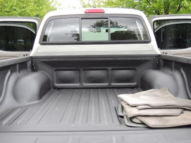 2004 Toyota Tacoma SR5 V6 4dr Double Cab / 4X4 / TRD OFF RD / LIFTED - Photo 28 - Portland, OR 97217