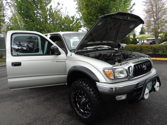 2004 Toyota Tacoma SR5 V6 4dr Double Cab / 4X4 / TRD OFF RD / LIFTED - Photo 31 - Portland, OR 97217