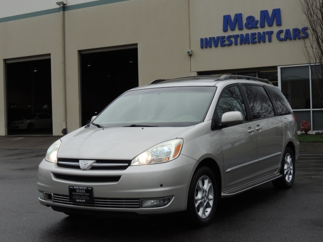2004 Toyota Sienna XLE Limited Leather Moon Roof