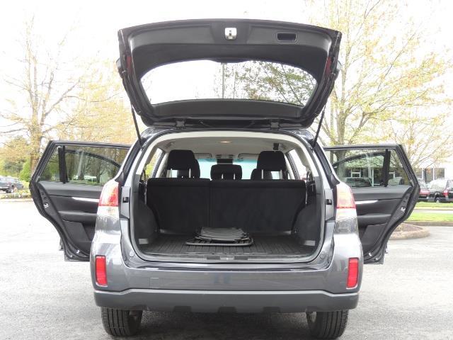 2012 Subaru Outback 2.5i Premium Wagon / ALL WHEEL DRIVE  / LOW MILES - Photo 33 - Portland, OR 97217