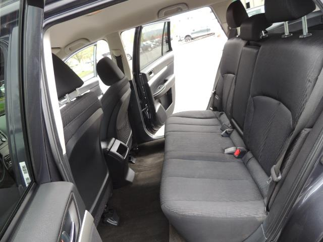 2012 Subaru Outback 2.5i Premium Wagon / ALL WHEEL DRIVE  / LOW MILES - Photo 15 - Portland, OR 97217